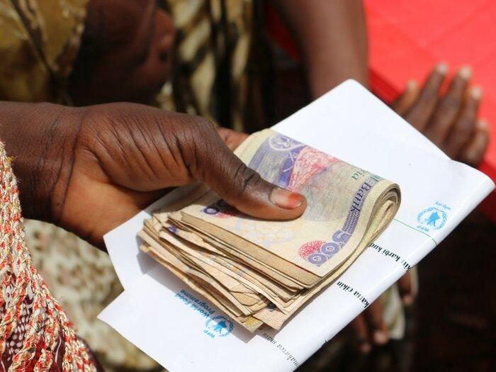 Unterstützung durch Bargeld