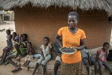 Simbabwe: Internationale Gemeinschaft muss mehr Hilfe für Millionen verzweifelte Hungernde leisten