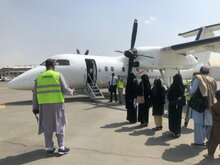 Erster humanitärer Flug nach Kabul seit Machtübernahme der Taliban